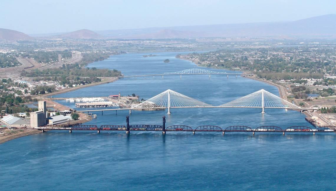 Gallery bridges aerial